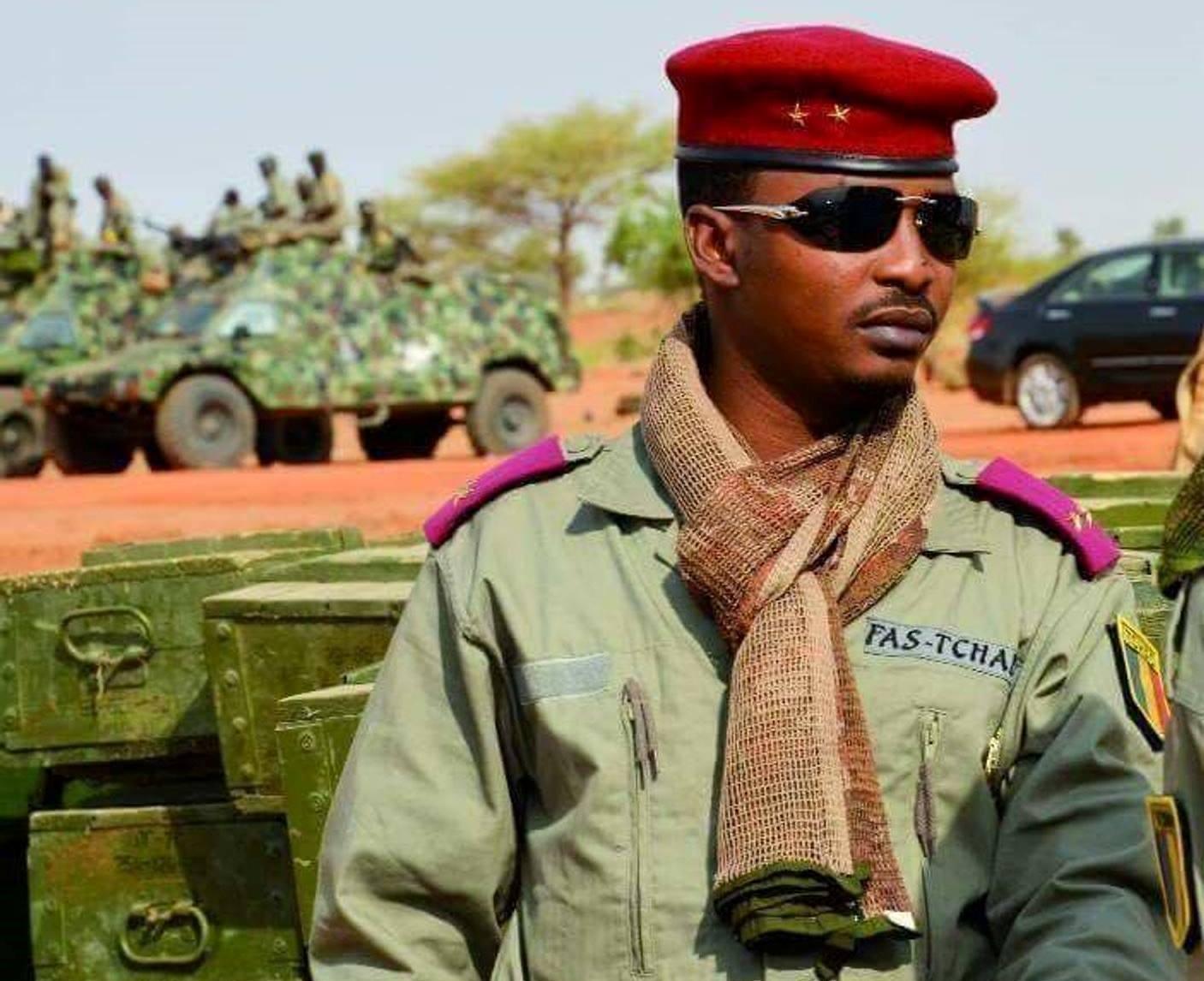 Tchad/ Général à 37 ans, qui est Mahamat Idriss Déby, qui vient de prendre le pouvoir ?